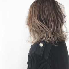 ハイライト 外国人風 グラデーションカラー ミディアム ヘアスタイルや髪型の写真・画像