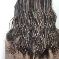 外国人風カラー 外国人風 ハイライト セミロング ヘアスタイルや髪型の写真・画像