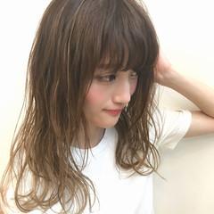 前髪あり 抜け感 簡単 波ウェーブ ヘアスタイルや髪型の写真・画像