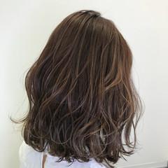 外国人風 3Dカラー グラデーションカラー ハイトーン ヘアスタイルや髪型の写真・画像