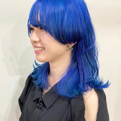 ミディアム ターコイズブルー ブルーブラック ブルーラベンダー ヘアスタイルや髪型の写真・画像