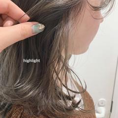 ボブ ブリーチ 切りっぱなしボブ ナチュラル ヘアスタイルや髪型の写真・画像
