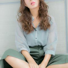外国人風 アッシュ 暗髪 パーマ ヘアスタイルや髪型の写真・画像