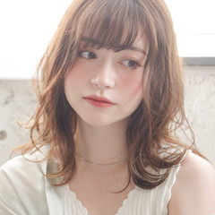前髪あり ヘアアレンジ ミディアムヘアー ミディアム ヘアスタイルや髪型の写真・画像