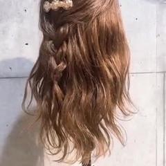 簡単ヘアアレンジ ヘアアレンジ セルフヘアアレンジ ナチュラル ヘアスタイルや髪型の写真・画像