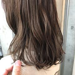 イルミナカラー ミディアム ナチュラル ベージュカラー ヘアスタイルや髪型の写真・画像