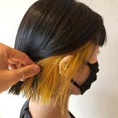 インナーカラー イエロー イエローベージュ ボブ ヘアスタイルや髪型の写真・画像