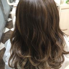 ハイライト 艶髪 グラデーションカラー 外国人風 ヘアスタイルや髪型の写真・画像