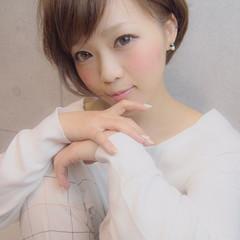 小顔 ショート ゆるふわ ワイドバング ヘアスタイルや髪型の写真・画像