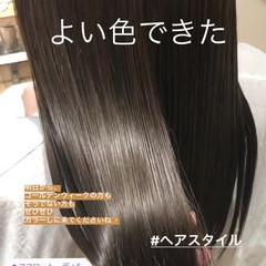 透明感 アッシュ ミディアム グレージュ ヘアスタイルや髪型の写真・画像
