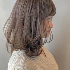 フェミニン ミディアム 大人ミディアム 鎖骨ミディアム ヘアスタイルや髪型の写真・画像