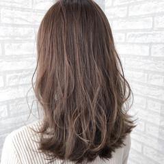 波ウェーブ こなれ感 外ハネ ナチュラル ヘアスタイルや髪型の写真・画像