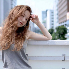 リラックス 外国人風カラー ウェットヘア ロング ヘアスタイルや髪型の写真・画像