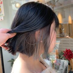 インナーカラーグレージュ インナーカラーグレー ボブ ハイトーンカラー ヘアスタイルや髪型の写真・画像