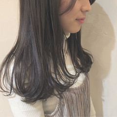 イルミナカラー 外国人風 ナチュラル ハイライト ヘアスタイルや髪型の写真・画像