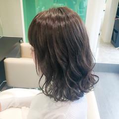 秋 フェミニン ヴェール ミディアム ヘアスタイルや髪型の写真・画像
