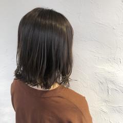 外国人風カラー ナチュラル 切りっぱなしボブ グレージュ ヘアスタイルや髪型の写真・画像