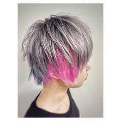 ブルーアッシュ 前下がり インナーカラー ピンク ヘアスタイルや髪型の写真・画像