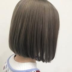 グレージュ ナチュラル ボブ ミルクティーグレージュ ヘアスタイルや髪型の写真・画像