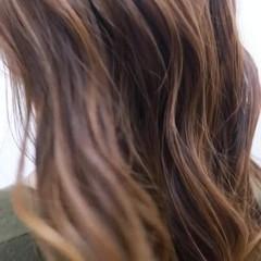 バレイヤージュ ストリート ヘアスタイル ヘアアレンジ ヘアスタイルや髪型の写真・画像