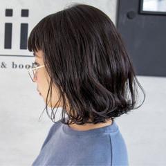 ロブ 外ハネ モード 黒髪 ヘアスタイルや髪型の写真・画像