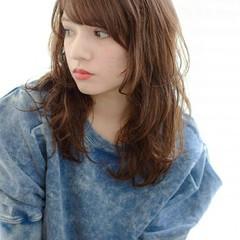小顔 前髪あり ふわふわ 外国人風 ヘアスタイルや髪型の写真・画像