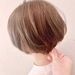 ショート ショートボブ ベージュ ショートヘア ヘアスタイルや髪型の写真・画像