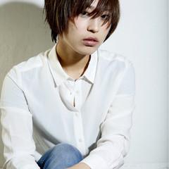 前髪あり ショート グラデーションカラー レイヤーカット ヘアスタイルや髪型の写真・画像