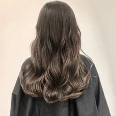 バレイヤージュ ロング エレガント グラデーションカラー ヘアスタイルや髪型の写真・画像