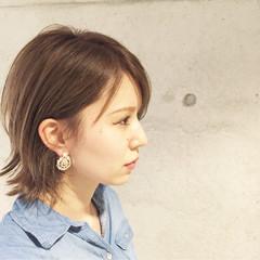 大人かわいい ブラウン ナチュラル ショート ヘアスタイルや髪型の写真・画像