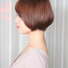 ダブルカラー ピンクバイオレット ナチュラル ショートボブ ヘアスタイルや髪型の写真・画像