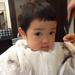 ナチュラル 前髪アレンジ 前髪パッツン マッシュ ヘアスタイルや髪型の写真・画像