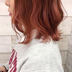 ガーリー 外ハネボブ オレンジカラー 外ハネ ヘアスタイルや髪型の写真・画像