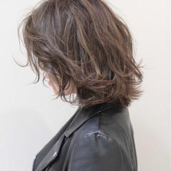 外ハネ パーマ スポーツ ボブ ヘアスタイルや髪型の写真・画像