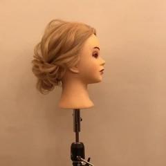 簡単ヘアアレンジ ヘアアレンジ 上品 エレガント ヘアスタイルや髪型の写真・画像