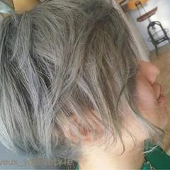 ショート シルバーアッシュ 坊主 ダブルカラー ヘアスタイルや髪型の写真・画像