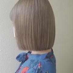 切りっぱなしボブ ミニボブ ナチュラル イルミナカラー ヘアスタイルや髪型の写真・画像