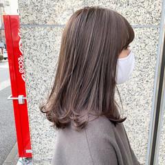 コンサバ アッシュグレージュ ベージュ ミルクティーベージュ ヘアスタイルや髪型の写真・画像