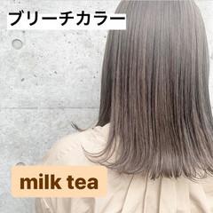 ミルクティーベージュ 切りっぱなしボブ セミディ ミルクティーグレージュ ヘアスタイルや髪型の写真・画像