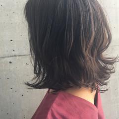 ミディアム パーマ ナチュラル ボブ ヘアスタイルや髪型の写真・画像