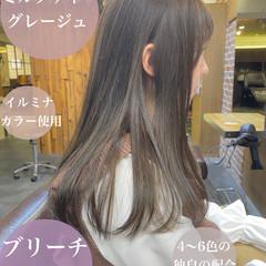 ロング インナーカラー ミルクティーベージュ ミルクティーグレージュ ヘアスタイルや髪型の写真・画像