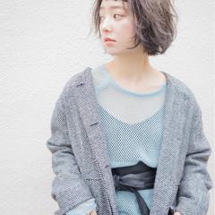 外国人風 前髪あり 暗髪 パーマ ヘアスタイルや髪型の写真・画像