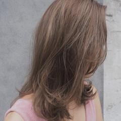 リラックス 秋 透明感 ナチュラル ヘアスタイルや髪型の写真・画像