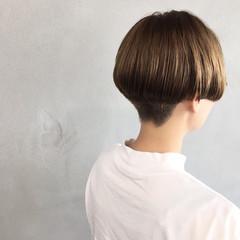 ナチュラル ショート 刈り上げ マッシュ ヘアスタイルや髪型の写真・画像