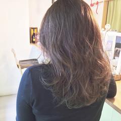 グラデーションカラー グレージュ 外国人風 ミディアム ヘアスタイルや髪型の写真・画像