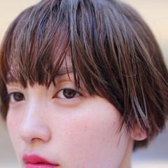 前髪あり ピュア アッシュ ストリート ヘアスタイルや髪型の写真・画像