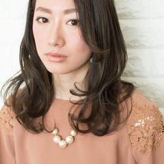 艶髪 女子会 アッシュ フェミニン ヘアスタイルや髪型の写真・画像
