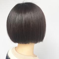 アッシュ ラベンダーアッシュ 艶髪 切りっぱなし ヘアスタイルや髪型の写真・画像