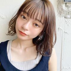 大人かわいい シースルーバング デジタルパーマ ひし形シルエット ヘアスタイルや髪型の写真・画像