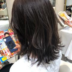ミディアムヘアー 大人ミディアム ミディアムレイヤー ナチュラル ヘアスタイルや髪型の写真・画像